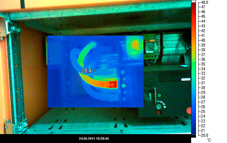 Elektro-Thermografie-im-präventiven-Unterhalt-eines-Geschäftshauses-02
